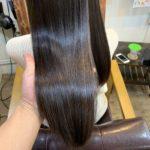 髪質改善ストレートから5ヶ月経った後の髪の様子。